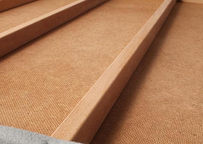 床板裏の補強桟