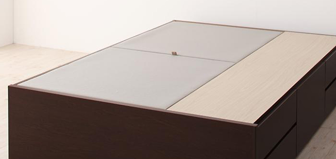 長物収納部の床板
